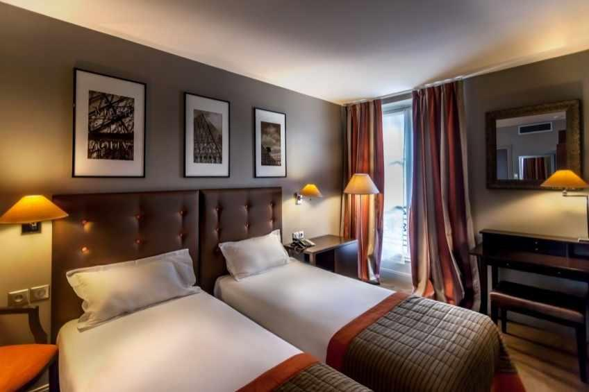 Wo Hotel - Twin Bed Room
